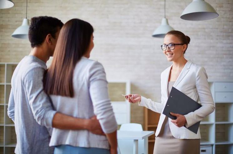 Emlak danışmanlığı mesleki yeterlilik belgesi ile kariyerinizi ileri taşıyın